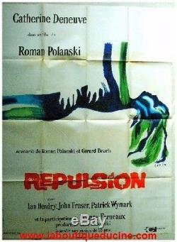 Repulsion Cinema Displays / Original French Movie Poster Roman Polanski