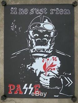 Affiche originale mai 68 Il ne s'est rien passé CRS brin muguet poster 1968 001